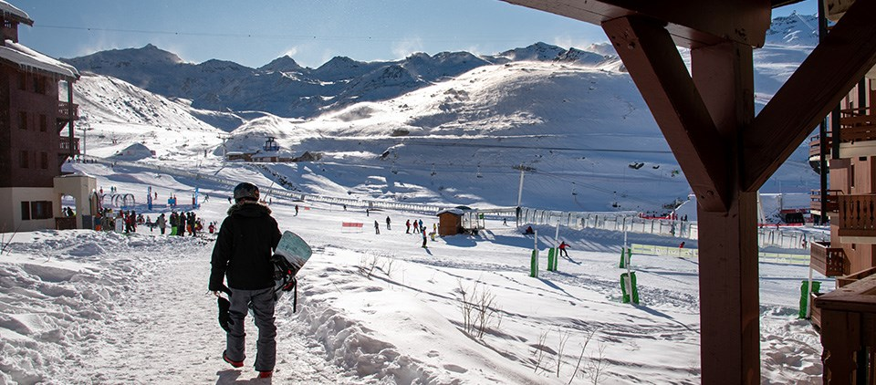 an image of the pistes outside a location in Val Thorens