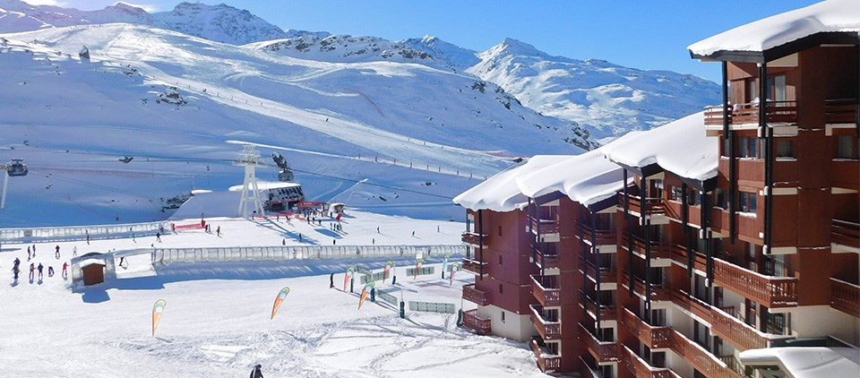 ChevaImage showing the ski school meeting point and nursery slopes