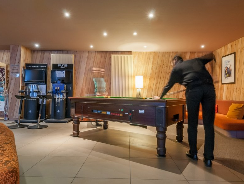 Picture of the pool table in the residence