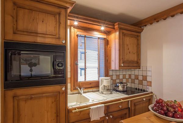 picture of la ginabelle chamonix kitchen