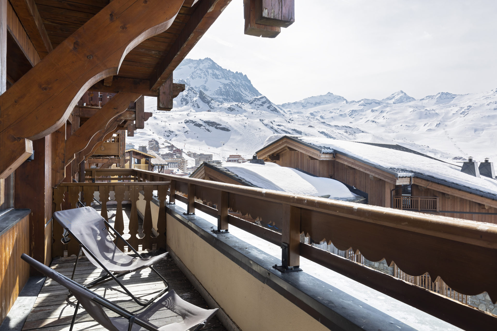 Image of the views from a balcony in an apartment in Les Balcons de Val Thorens