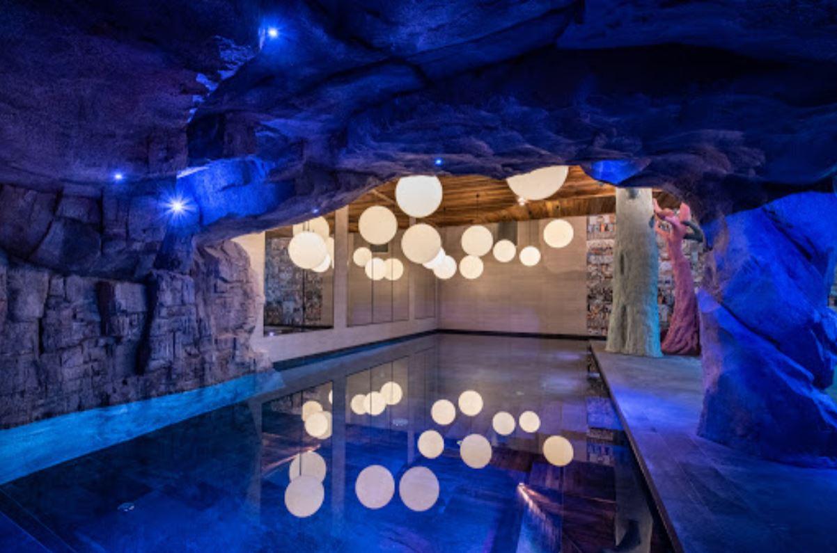 Chalet Izia swimming pool