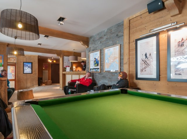 Picture of the pool table at Residence Le Crets Meribel