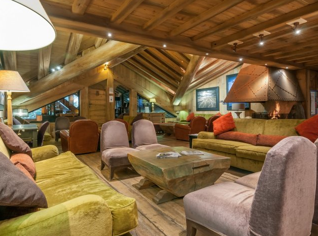 Picture of the reception area at Les Fermes de Meribel
