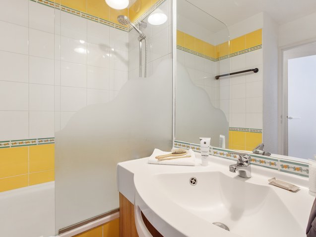 Picture of an example bathroom