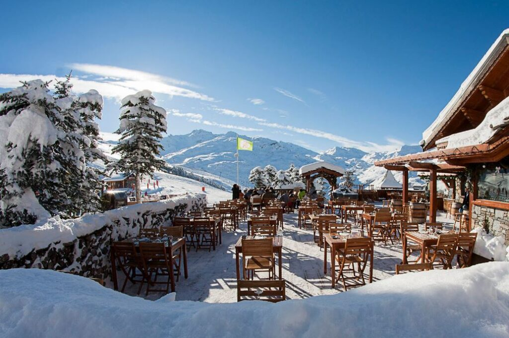 Picture of mountain restaurant in val thorens