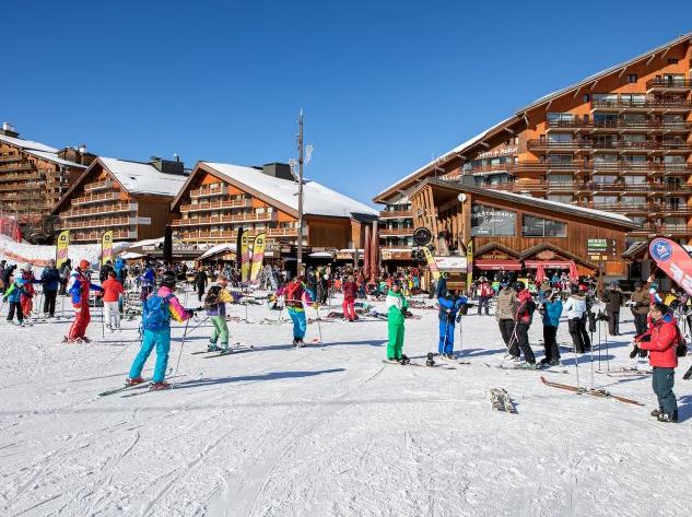 Doorstep skiing at Les Ravines Meribel