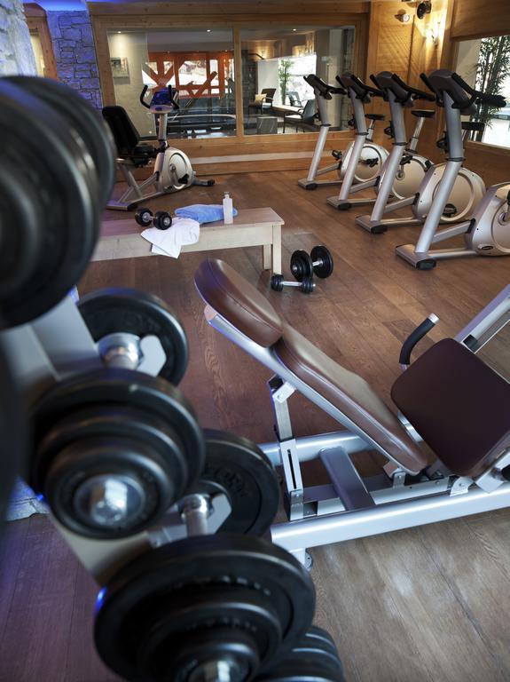 The gym at Les Chalets de Jouvence Les Carroz
