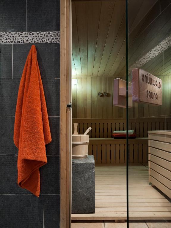 The sauna at Les Chalets de Jouvence Les Carroz